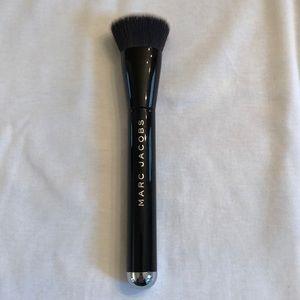 Marc Jacobs Contour Brush (The Shape)